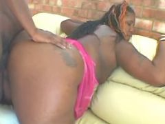 Fat chocolate vixen fucks black chubby porn